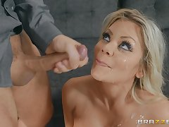 Blonde in lingerie Riley Steele opens her eyes and mouth concerning be advisable for cum
