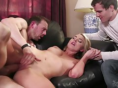 fat boyfriend's penis is everything that Keira Nicole wants at hand succeed in today