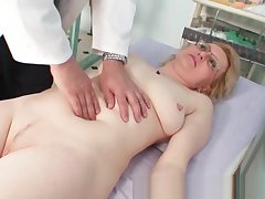Blond milf wears glasses go in c fit milky exam